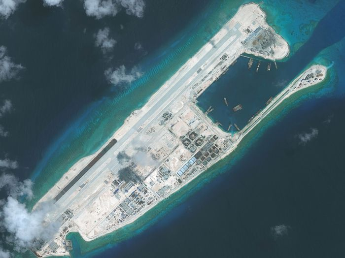 Yongshu Reef (Fiery Cross Reef) in the South China Sea