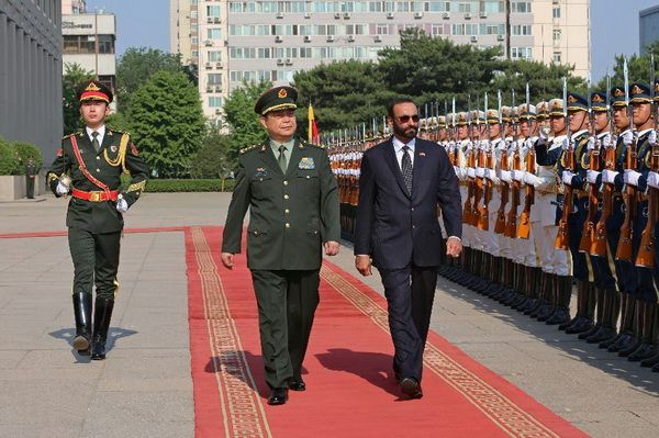 Visit of the Minister of Defense of the United Arab Emirates M. Al-Bawardi to China