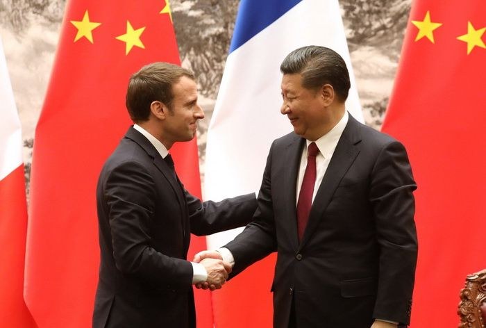 Chinese President Xi Jinping met with French President Emmanuel Macron in Beijing, January 8, 2018