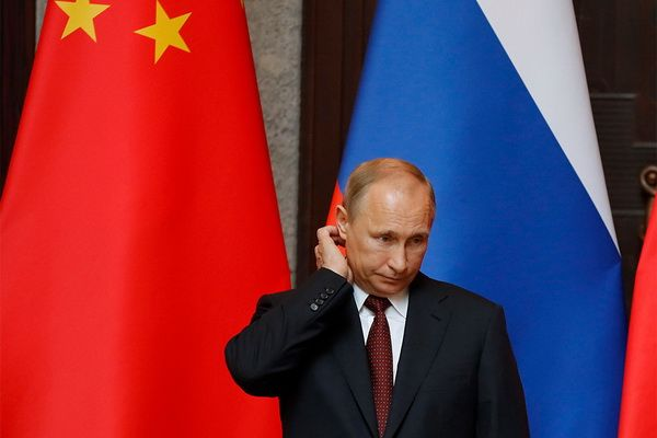 Moscow is still refraining from open claims to the PRC, but is already demonstrating dissatisfaction with the situation in the Eastern regions of Russia