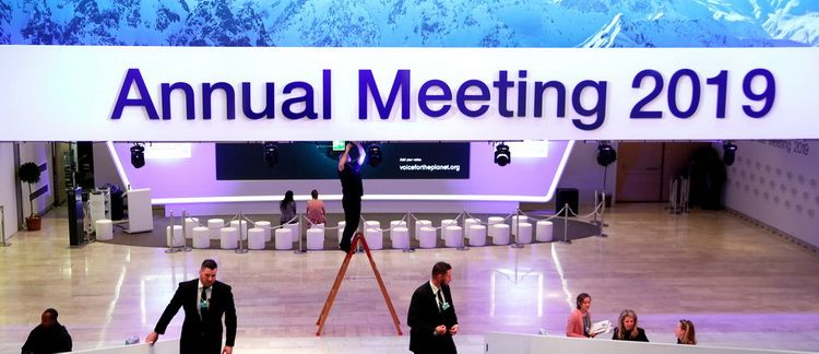 Illustrative was the refusal of the main world leaders to participate in the Davos Forum