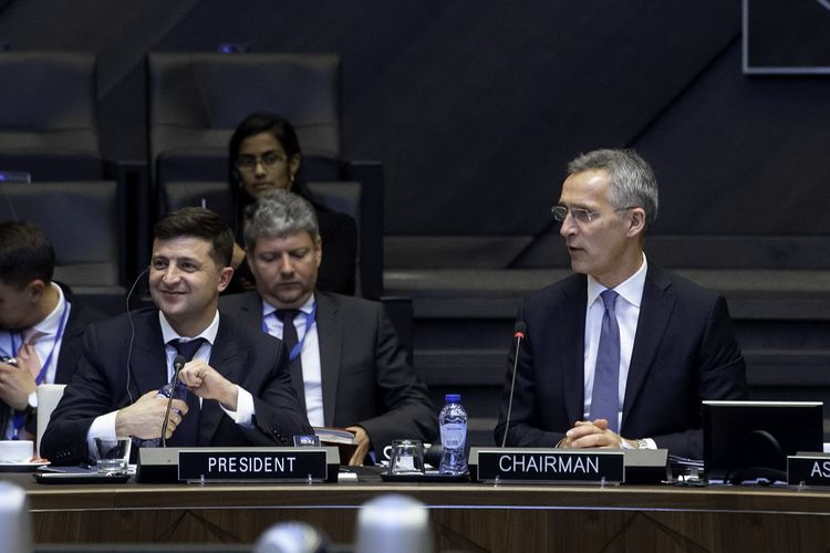 The President of Ukraine V. Zelenskyi with NATO Secretary General J. Stoltenberg in Brussels on June 4, 2019