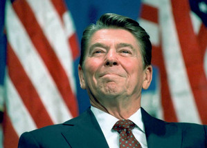 "US President Ronald Reagan proclaimed the ""Strategic Defense Initiative"" (SDI)"