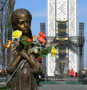 Memorial to Holodomor victims in Kiev